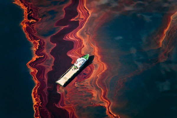 Photos of the Gulf Oil Disaster from the Sky