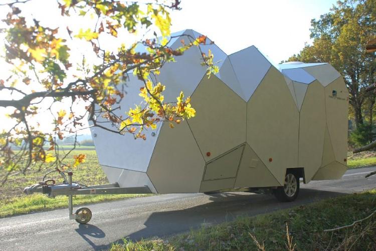 exterior 02 750x501 Mehrzeller, a configurable multicellular mobile home