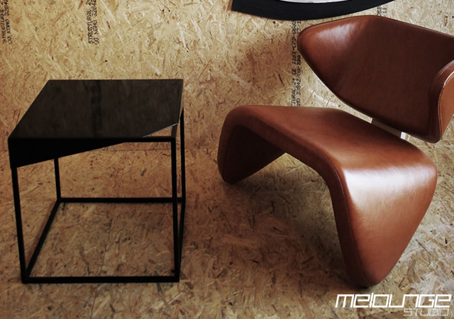 1o25 Crust table by Melounge Studio