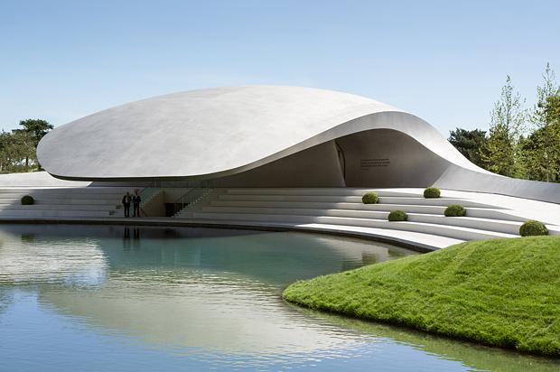 Porsche Pavillon Autostadt Wolfsburg New Porsche Pavilion at Autostadt, Germany