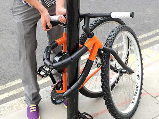 Bendable Bike That Can Wrap Around A Pole