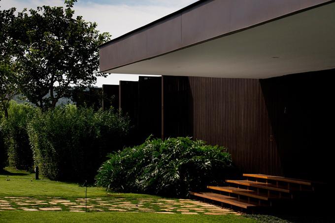 d6bd7 hs arthur casas01 Quinta da Baronesa by Studio Arthur Casas