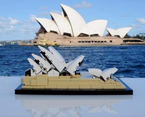 tumblr ma7fc95lGi1qiqf01o1 500 LEGO Architecture Sydney Opera House