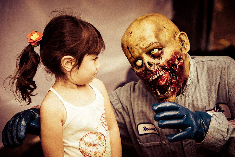 04 Vancouver Zombie Walk 2012