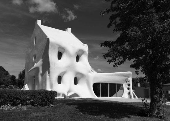 guehost house 1 Gue(ho)st House by Berdaguer & Péjus