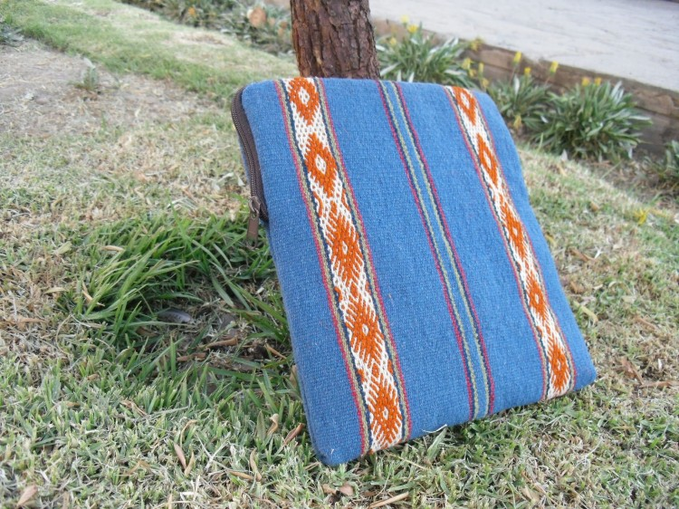 iPad2 750x562 Laptop and iPad Cases Designed for Good: Empowering Peruvian Women