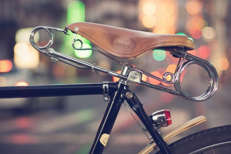 inbicla saddle 750x500 iNBiCLA bicycle by Vitor Machado
