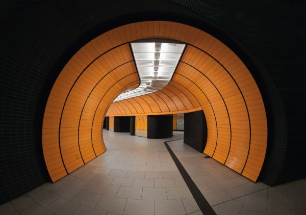 subway by nick frank 2 600x422 Lighting Design: The Incredible Munich Subway