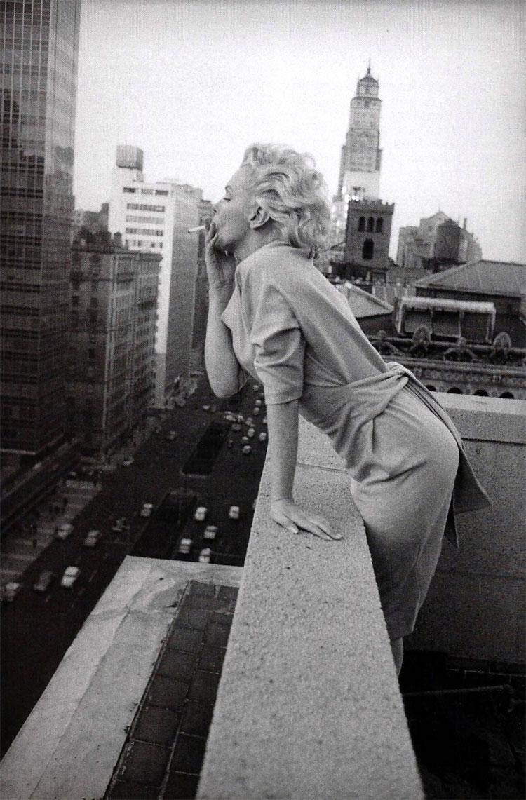 416 Marilyn Monroe in New York by Ed Feingersh, 1955