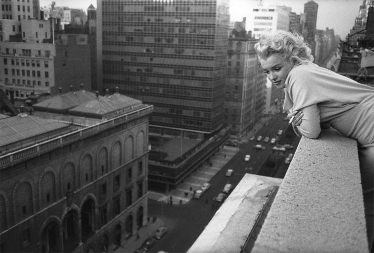 517 Marilyn Monroe in New York by Ed Feingersh, 1955