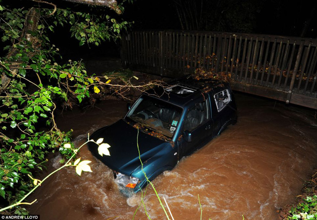 Flood hit UK 26 Northern UK Hit By Flooding Storm