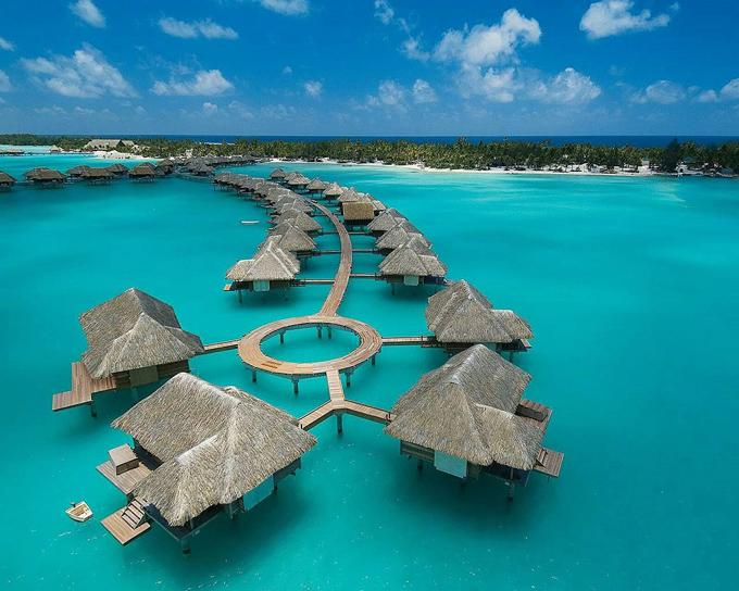 Globe5 Amazing Places Around The World