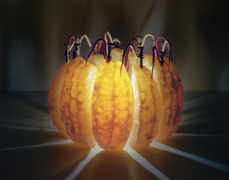 LEDorange Photo of an LED powered by an orange