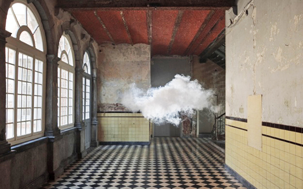 indoor clouds 2 Artist Creates Real Clouds Inside