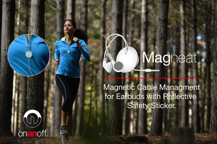 magneat forest51 750x499 Magneat reflective sticker
