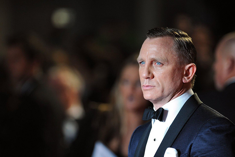 skyfall42 James Bond Premiere Photos from Skyfall