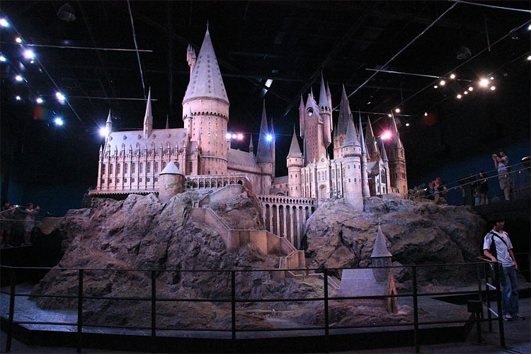313 Model of Hogwarts Castle