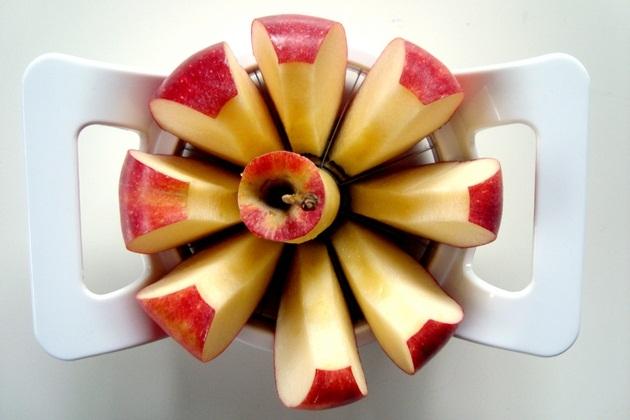 Apple Slicer BonjourLife com Dial A Slice – Apple Corer and Slicer