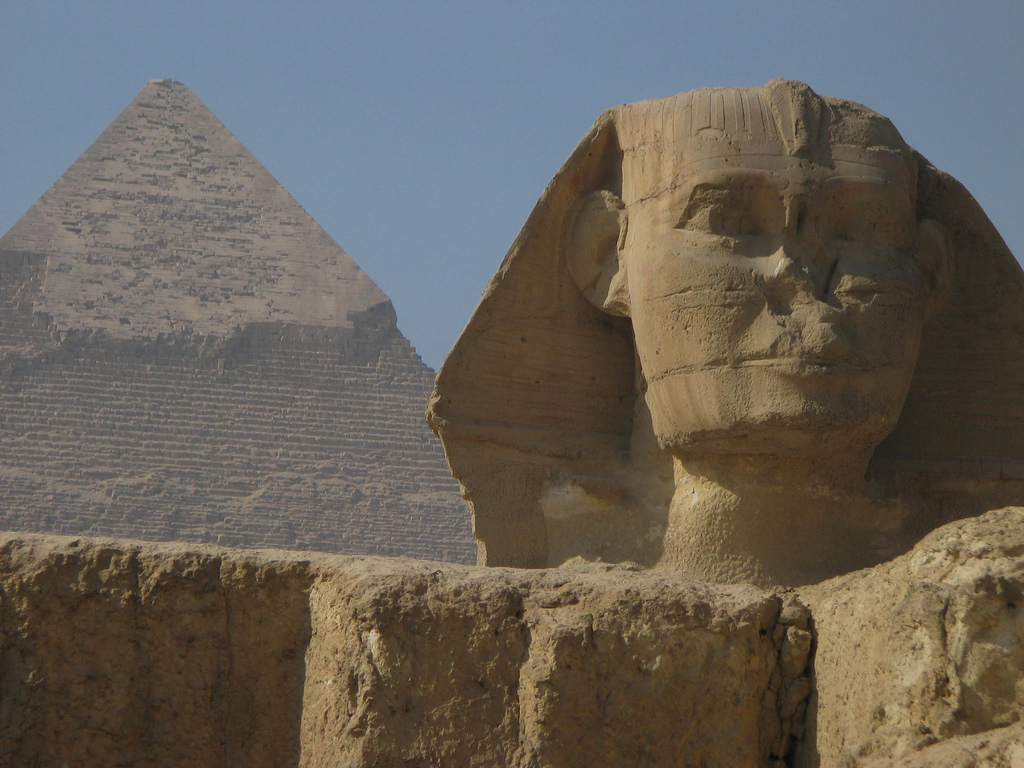 Great Pyramid of Giza Sunday Gift, Amazing Photos From The World | Hard To Believe