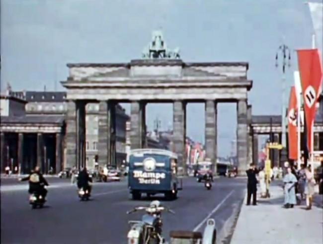 Life in Berlin 1936 1 650x491 Life in Berlin, 1936