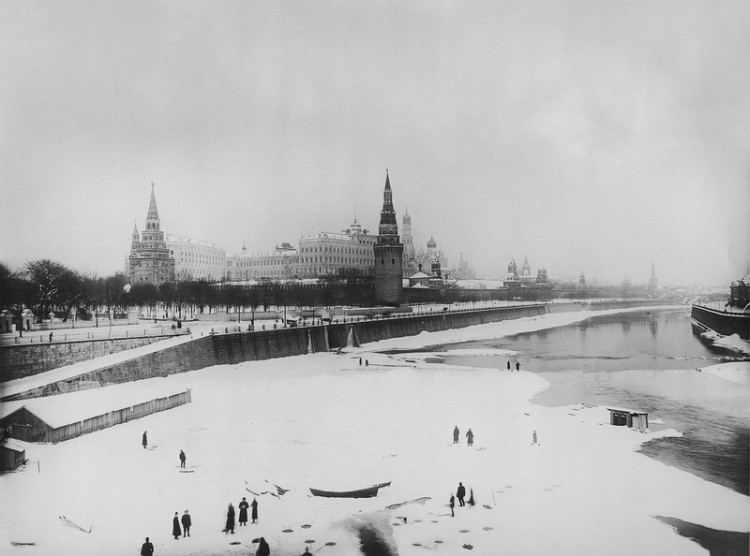 Photos of Moscow Before the Revolution 2 750x556 Black & White Photos of Moscow Before the Revolution