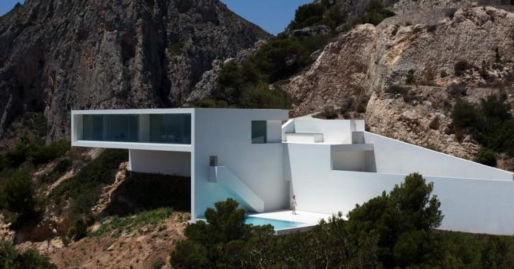 casa del acantilado 0001 750x392 Casa Del Acantilado by Fran Silvestre Arquitectos