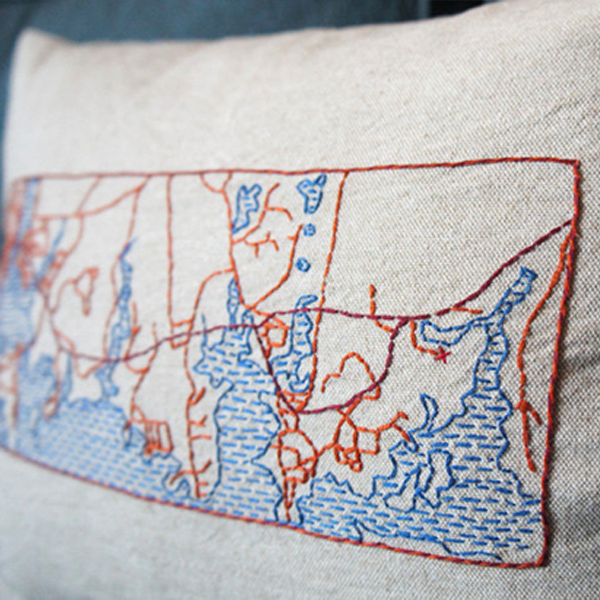 pillowkit1 DIY Brooklyn Assembly Kit Lets You Make a Pillow   With Any Map Stitched On