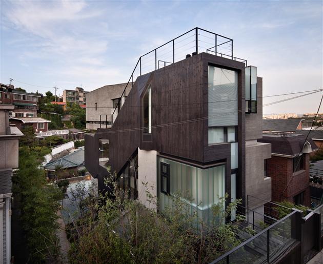 H Modern H House by Sae Min Oh