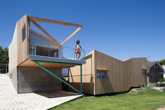 Basic House of Would Showcases Contemporary Design