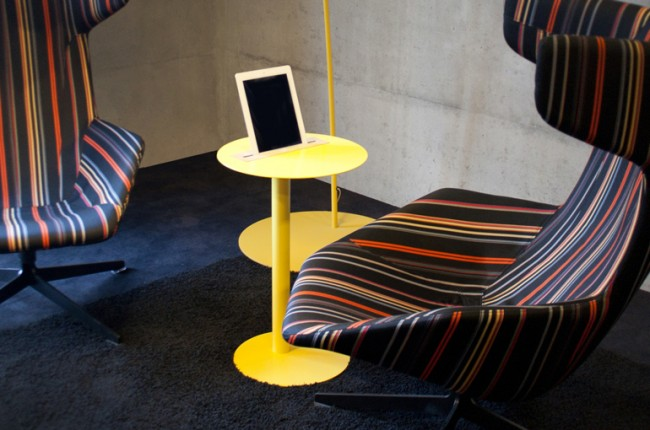 nomad 11 650x430 Nomad tablet table by Spell
