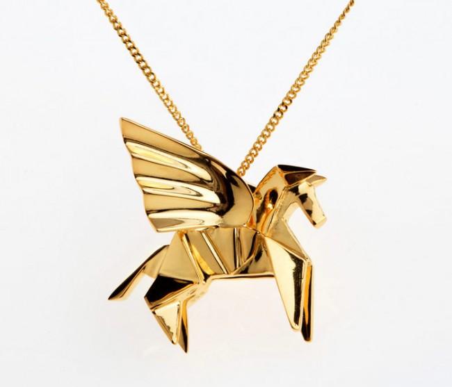 origami jewellery sautoir pegase vermeil 650x557 Origami Jewellery