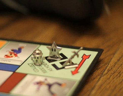 tumblr mga3jy65LN1qiqf01o1 500 Nintendo Monopoly
