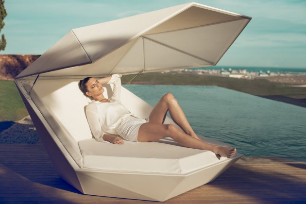Faz Daybed Stylish And Elegant Faz Daybed by Ramon Esteve for VONDOM