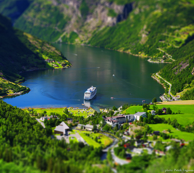 Tilt Shift Photographs 3 Stunning Examples Of Tilt Shift Photography