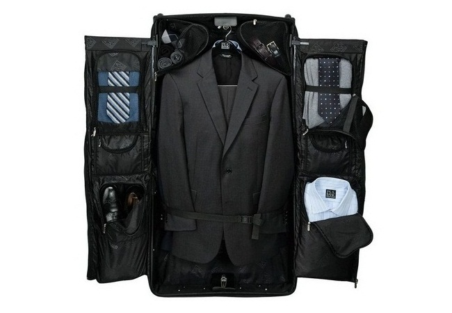 Untitled Copy Rolling Garment Bag