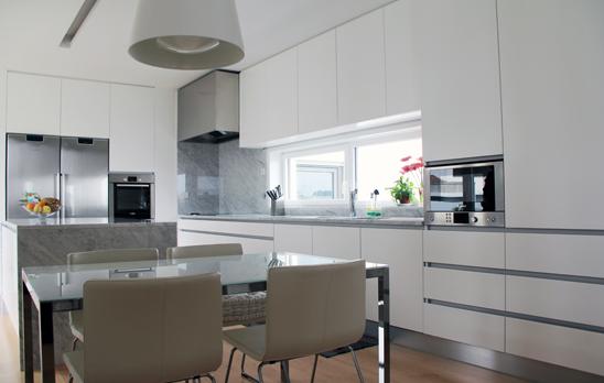 cozinha2 front image Creative Kitchens by AYEME