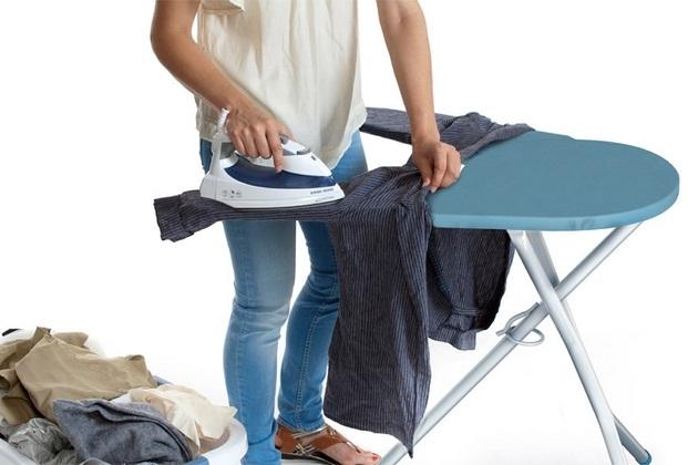 iron station pivotal ironing board 1 Copy Iron Station – Pivotal Ironing Board