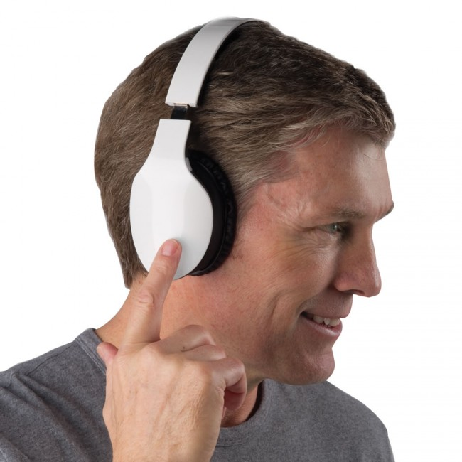 Gesture Controlled Wireless Headphones on HisPotion.com  650x650 The Finger Swipe Headphones