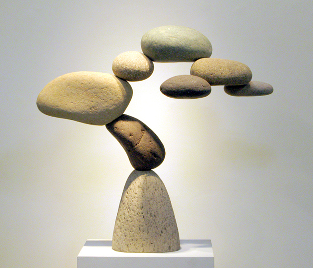 woodsdavycantamar1 Amazing Rock Sculptures Perform Impossible Balancing Acts