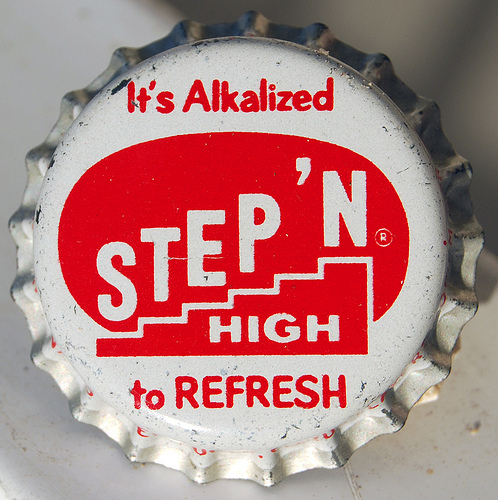5466641085 f3cd9852df11 55 Creative Bottle Cap Designs
