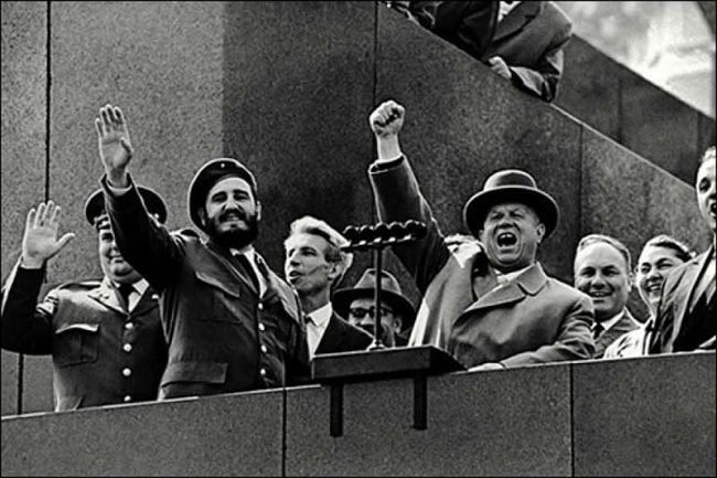 Fidel Castro Visits USSR 1963 12 650x433 Fidel Castro Visits USSR, 1963