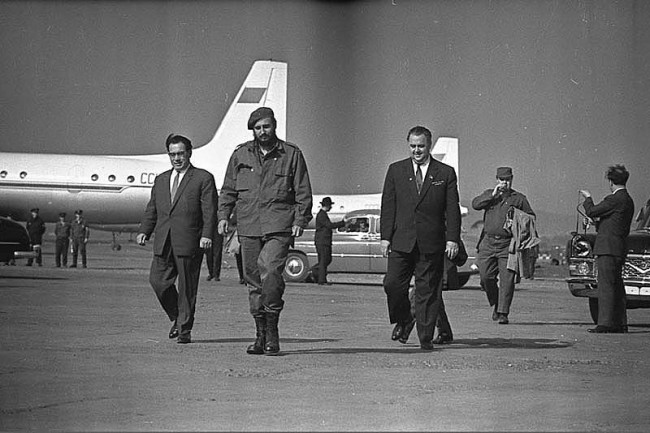 Fidel Castro Visits USSR 1963 19 650x433 Fidel Castro Visits USSR, 1963