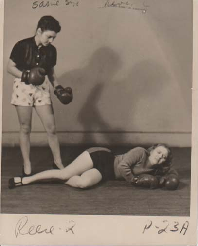 Women boxing 7 Old Photos of Women Boxing