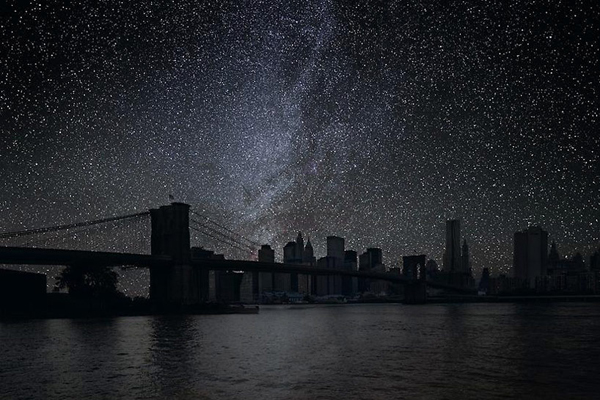 darkened photographs of famous cities 1 Darkened Photographs of Famous Cities