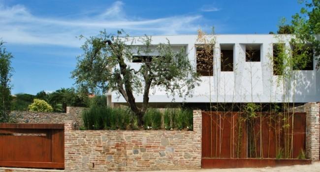 ph 160413 02 940x506 650x349 Paeco House by Studio Emanuele Scaramucci