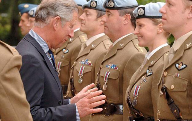 prince charles feels 20 Perfectly Timed Photos You Can't Unsee