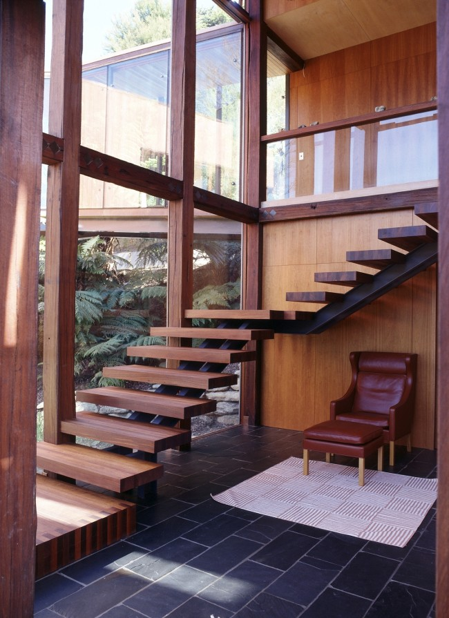 q06y23vsljqkjz1c 650x895 Waterfall Bay House by Bossley Architects