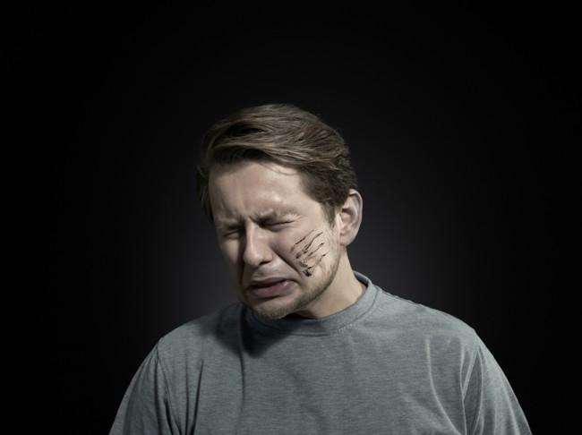527 650x486 Domestic violence against man