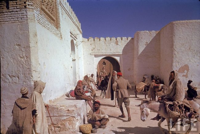 Color Photos of Tunisia and Libya in the North African Campaign of World War II 1943 1 650x436 Color Photos of Tunisia and Libya in the North African Campaign of World War II, 1943
