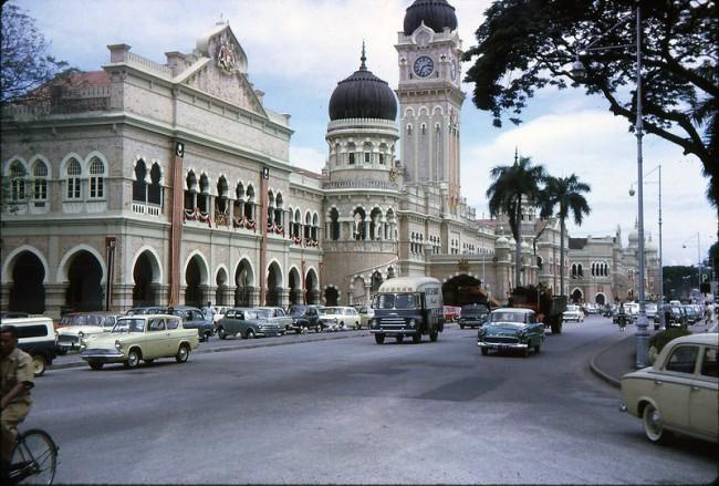 Kuala Lumpur 1964 1 650x439 Color Photos of Kuala Lumpur, Malaysia in 1964